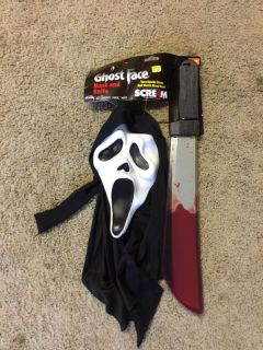 NEW! GHOST FACE & BLOODY KNIFE
