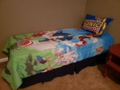 Twin bed set, sonic the hedgehog