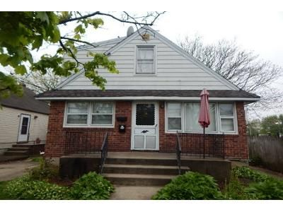 3 Bath Preforeclosure Property in Elmont, NY 11003 - Lincoln St