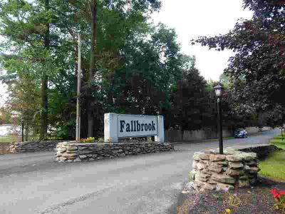 25 Meadow Pond Dr #B Leominster Two BR, Welcome to Fallbrook!