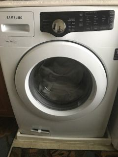 Samsung front load clothes washer