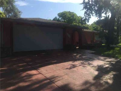 7205 San Salvadore Drive Port Richey, This home features 3
