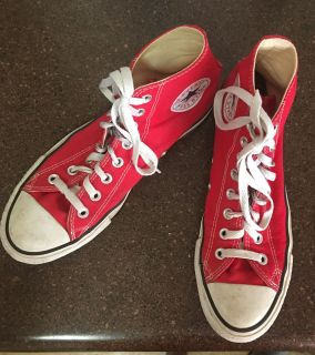 Converse women s sz 9 in good used condition