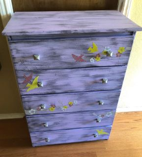 Chest of drawers/ dresser