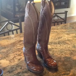 Tony Lama Ladies Cowboy boots