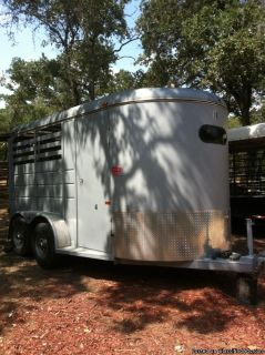2008 CM 2 horse trailer Bumper pull