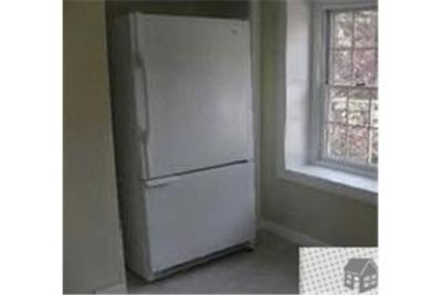 2 bedrooms Apartment - Completely Redone Home - Close To Stony Brook University.