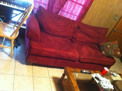Red Couch Must go tonight tomorrow