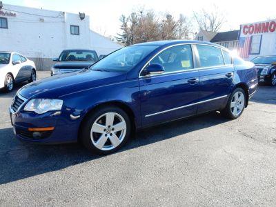 2009 Volkswagen Passat Komfort (Cobalt Blue Metallic)