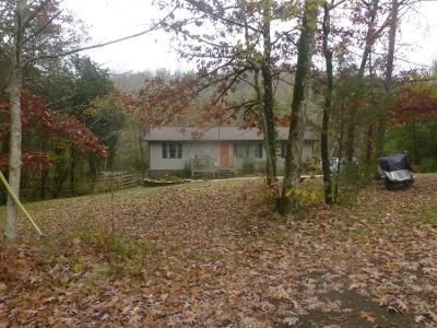 3 Bed 2 Bath Preforeclosure Property in Knoxville, TN 37920 - Brown Mountain Loop