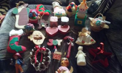 Christmas Ornaments Lot (24 pieces )
