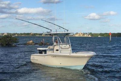 2013 Pioneer 222 Sportfish
