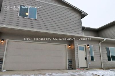 3 Bedroom 2 Bathroom Townhome in South West Sioux Falls - BRAND NEW!