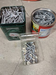 """Outdoor screws with square head, 2.5"""" long"""