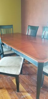 Used dining room table and 6 chairs