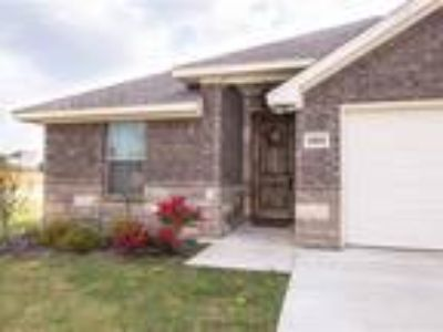 Great 4/2/2, Family Home in Granbury/Acton ISD!