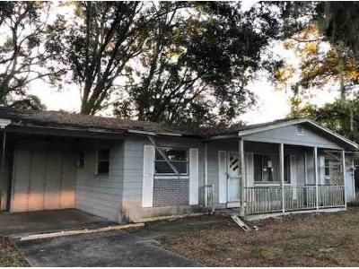2 Bed 1 Bath Foreclosure Property in Wildwood, FL 34785 - Milray Dr