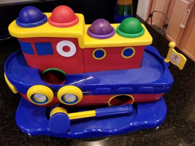 Discovery toys pound it boat