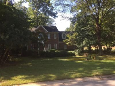 2.5 Bath Preforeclosure Property in Holly Springs, NC 27540 - Salem Ridge Rd