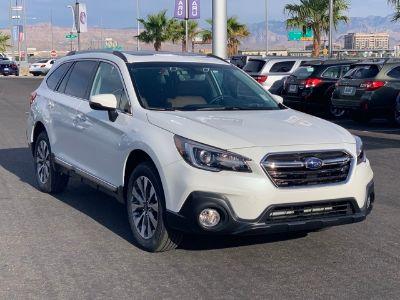 2019 Subaru Outback (Crystal White Pearl)