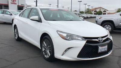 2017 Toyota Camry L (Super White)