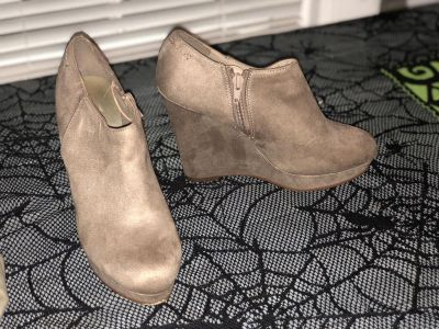 Ankle boot wedges