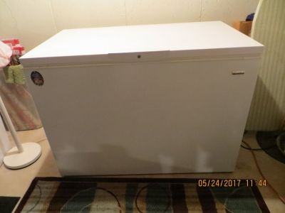 KENMORE FROST-FREE CHEST FREEZER