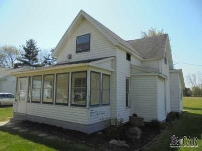 3 Bed 1 Bath Foreclosure Property in Blissfield, MI 49228 - High St
