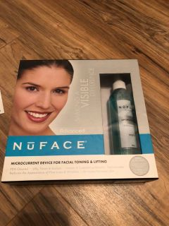 Nuface all in over microcurrent for toning and lifting