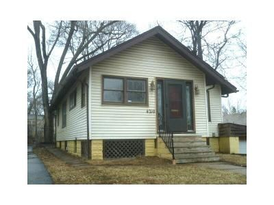 2 Bed 1 Bath Foreclosure Property in Omaha, NE 68111 - Pinkney St