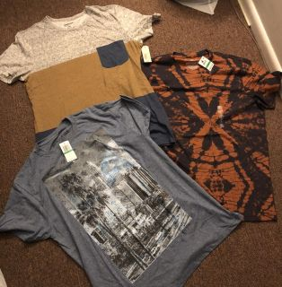 NWT Graphic Tees Size L
