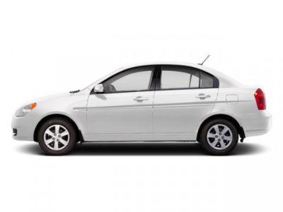 2010 Hyundai Accent GLS (Nordic White)