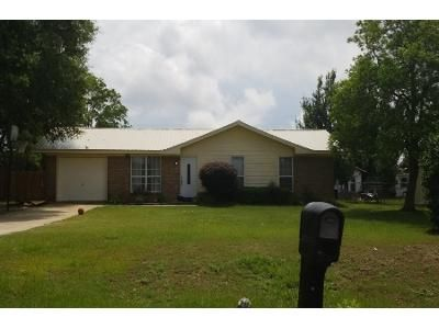 Preforeclosure Property in Slocomb, AL 36375 - J Saunders Rd