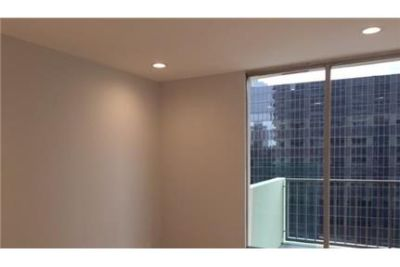 2 bedrooms Apartment - Remodeled and updated with brand new Maple hardwood floor.