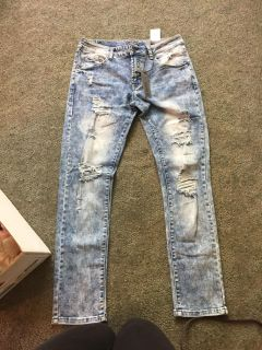 Mens or teenagers rue 21 jeans