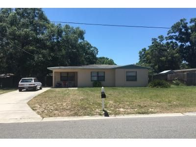 2 Bed 1 Bath Preforeclosure Property in Tampa, FL 33604 - W Cluster Ave