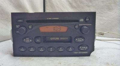Sell 02 03 Saturn Vue Ion Factory Radio 6 Disc Cd Cassette Player 22684454 C57608 motorcycle in Williamson, Georgia, United States