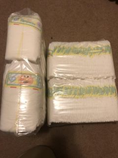 2 sleeves of size 1 Pampers- price is per sleeve