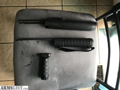For Sale: Mossberg Forend