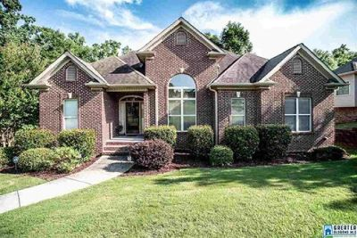 Gorgeous Home located in the beautiful Lime Creek Community!