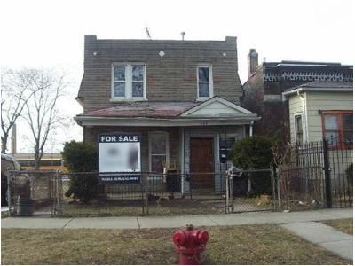 4 Bed 2 Bath Foreclosure Property in Chicago, IL 60624 - N Harding Ave