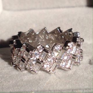 Size 6 (5.2 carat) sim. Diamond ring