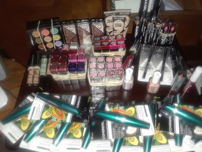 $600+ value of cosmetics/make-up for $150!! 83 pieces All Brand New - orig. seal on each item! Can present the actual retail price