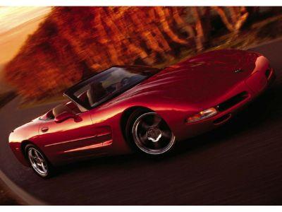 2002 Chevrolet Corvette Base (Speedway White)