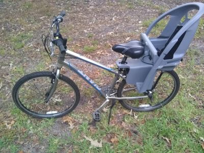 Giant mens bicycle