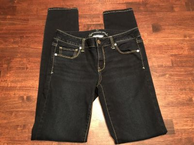 American Eagle Skinny Jeans size 10