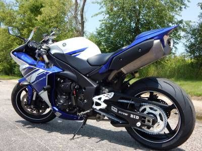 2014 Yamaha YZF-R1 Team Yamaha Blue/White