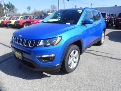 2018 Jeep Compass Latitude 4x4 (Laser Blue Pearlcoat)