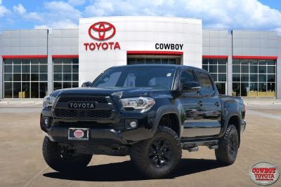 2017 Toyota Tacoma TRD Off Road (Black)