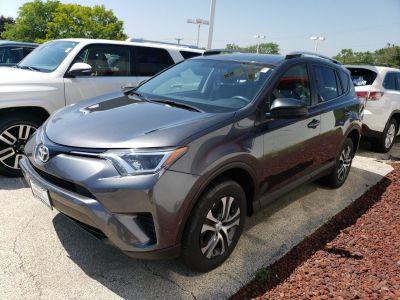 2016 Toyota RAV4 LE (Magnetic Gray Metallic)